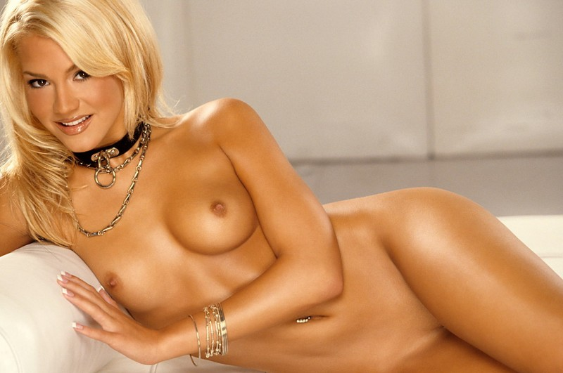 Miss Playboy May 2007 - Shannon James big tits blonde high heels playboy Shannon James