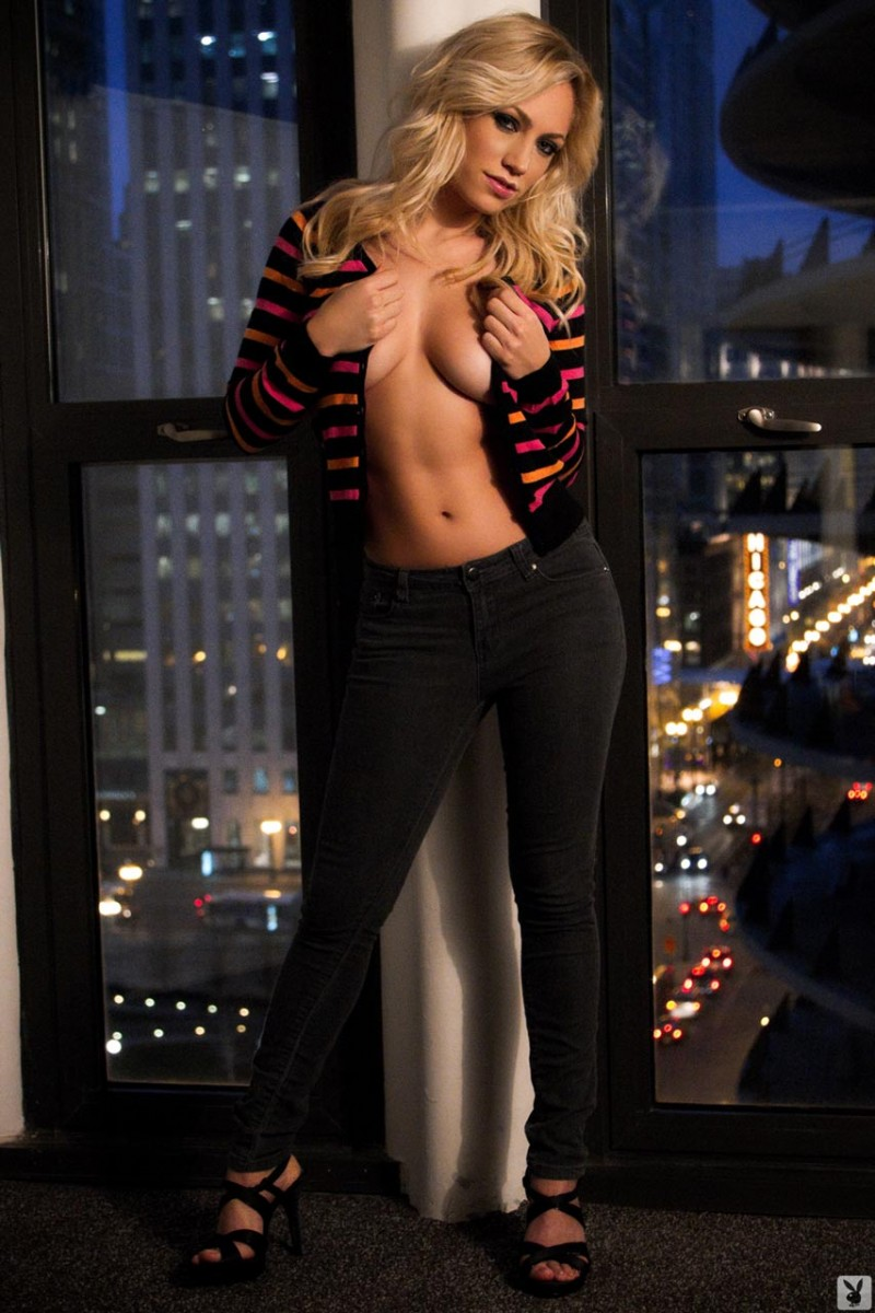 Jade Bryce – Night in the city