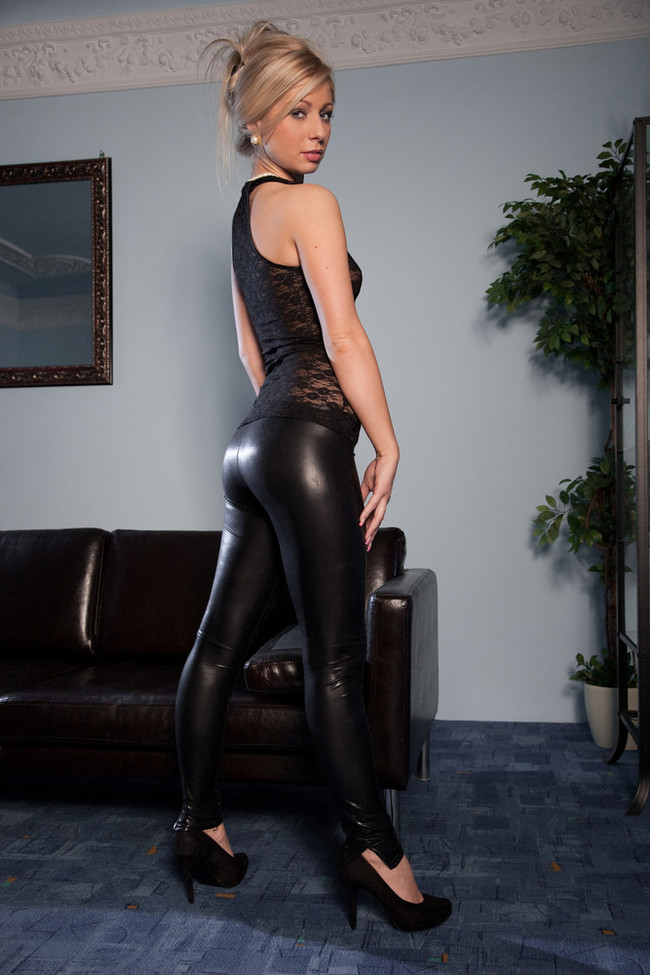 Blonde in tight leather pants