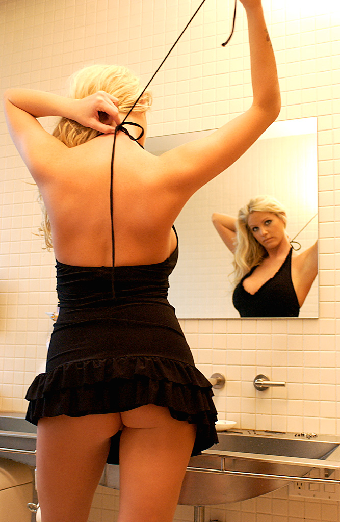 Heidi Hanson in sexy black dress bathroom big tits blonde Heidi Hanson playboy