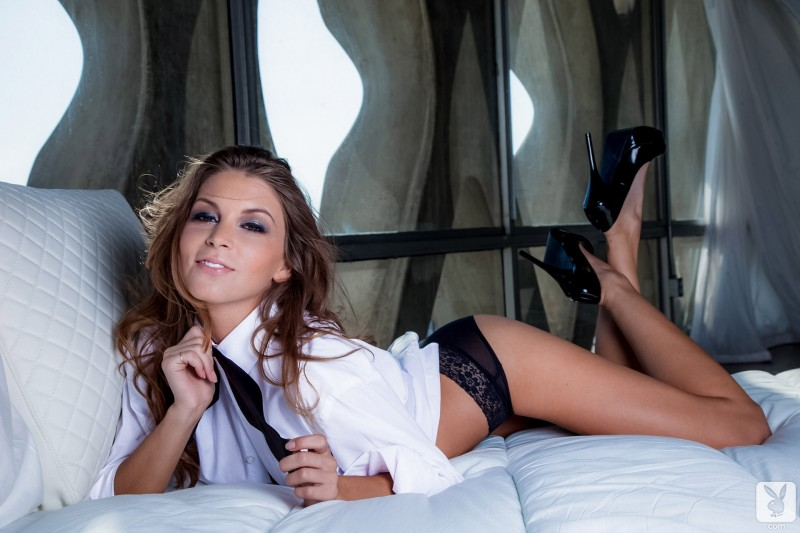 Amber Sym – Shirt and bow tie