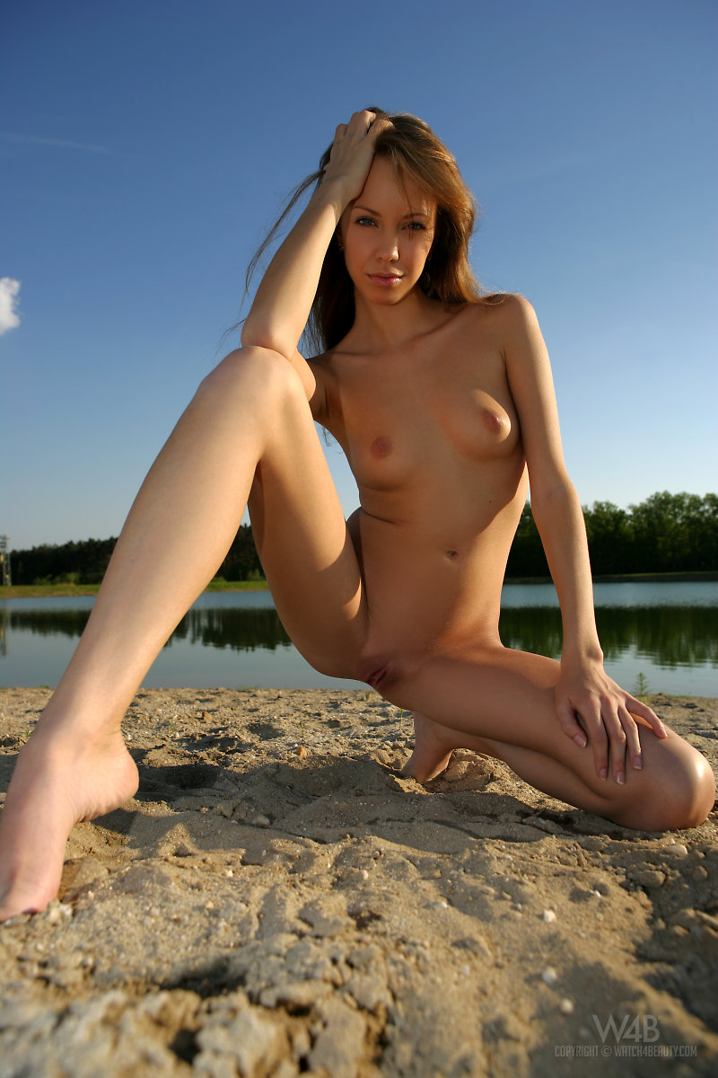 Natasha – Beach at the lake