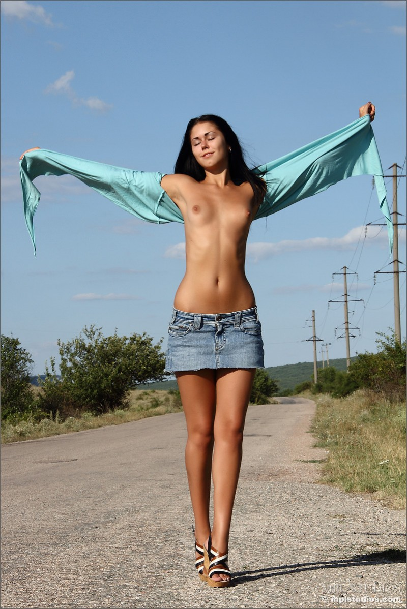 Macy nude on the road