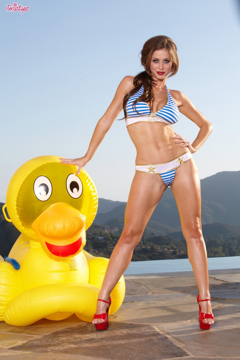Emily Addison – Big yellow duck