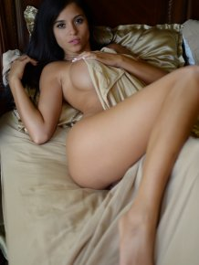 Janessa Brazil in bed