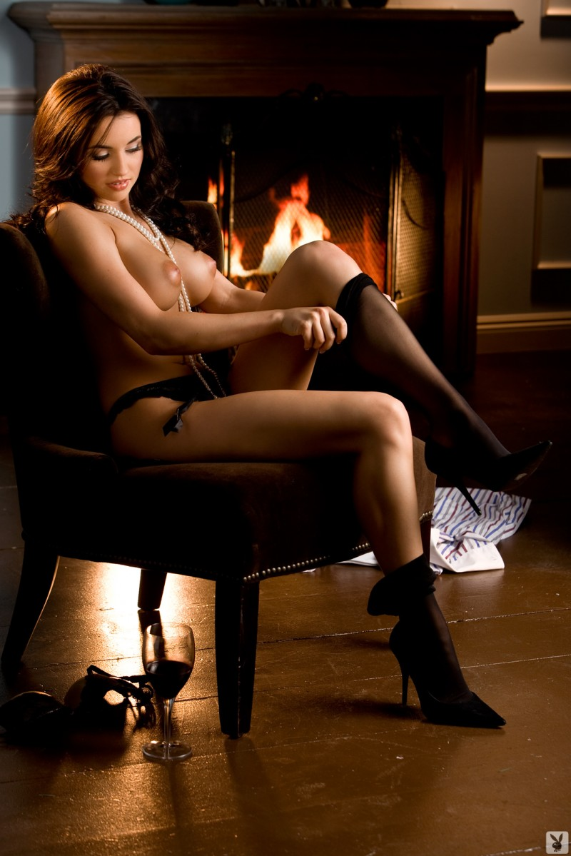 Kelley Thompson – Miss November 2009 big tits brunette girl of the month Kelley Thompson playboy