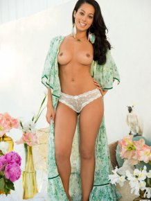 Ashley Doris – Playboy Playmate of the March 2013
