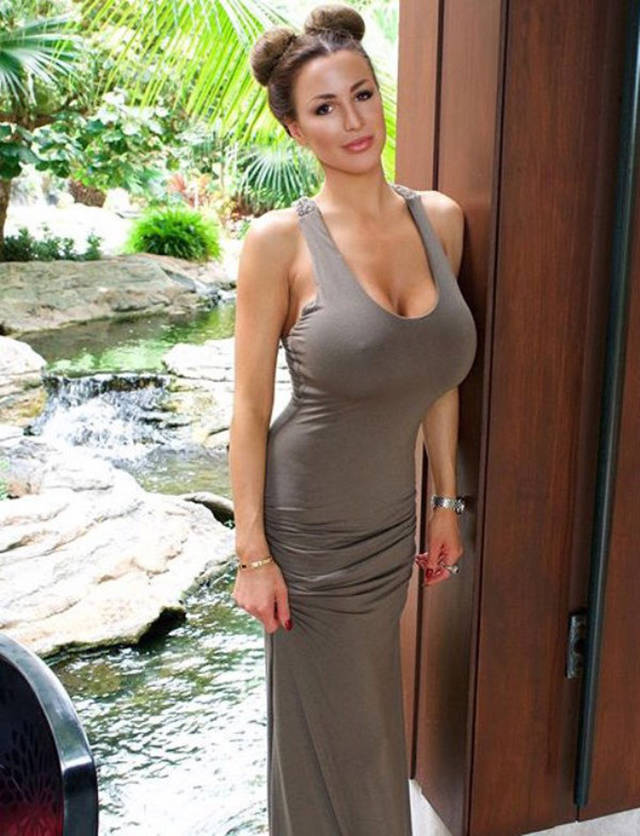 Jordan Carver big boobs photos