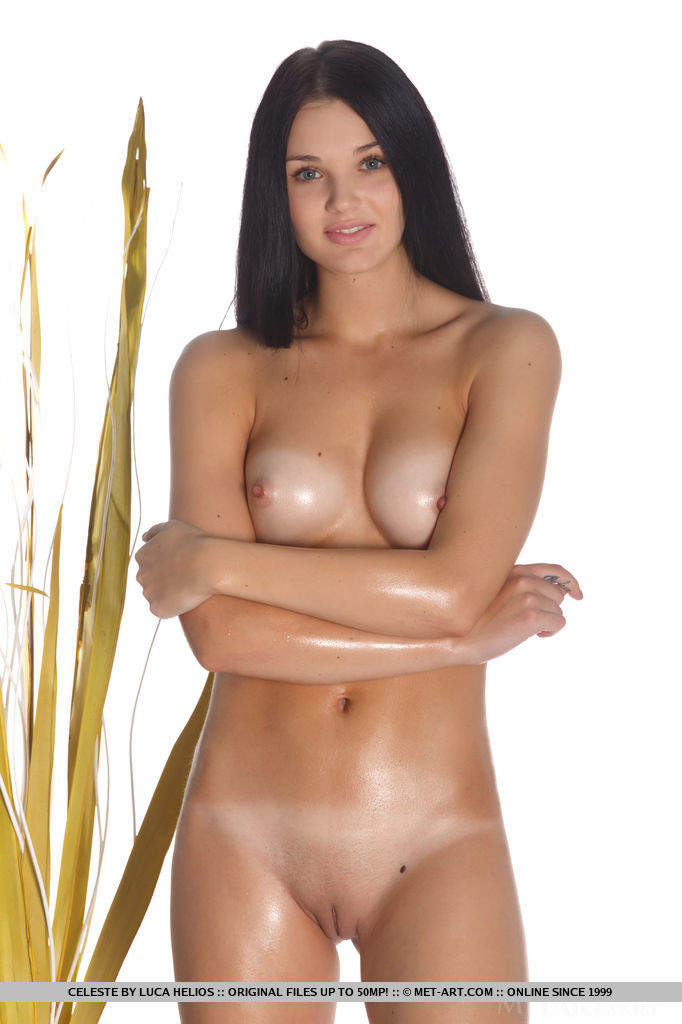 Celeste – Oiled body