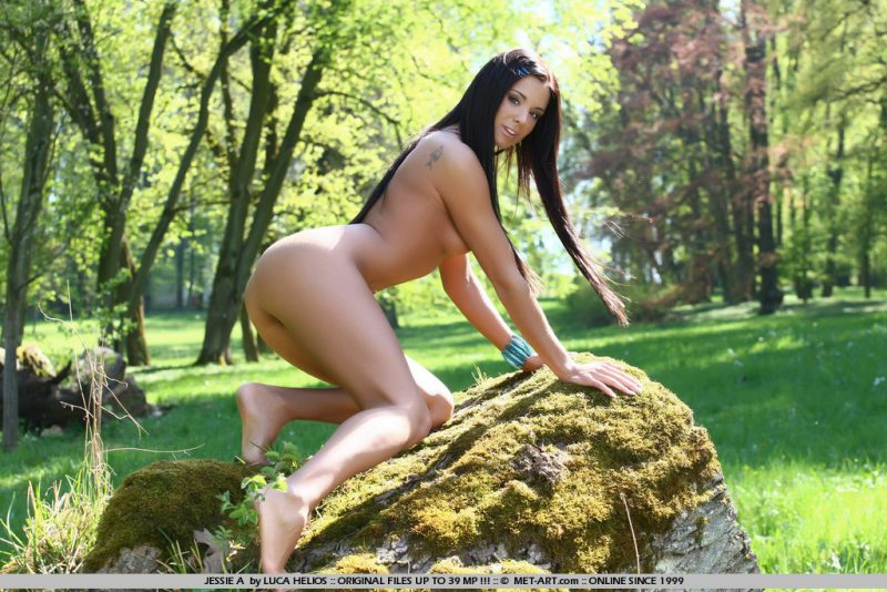 Ashley Bulgari in the park Ashley Bulgari brunette park Pretty Ladies