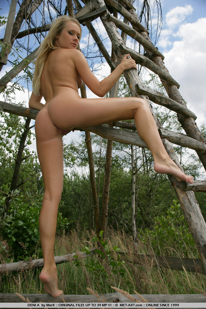 Denisa Markova – Deer stands blonde Denisa Markova Pretty Ladies
