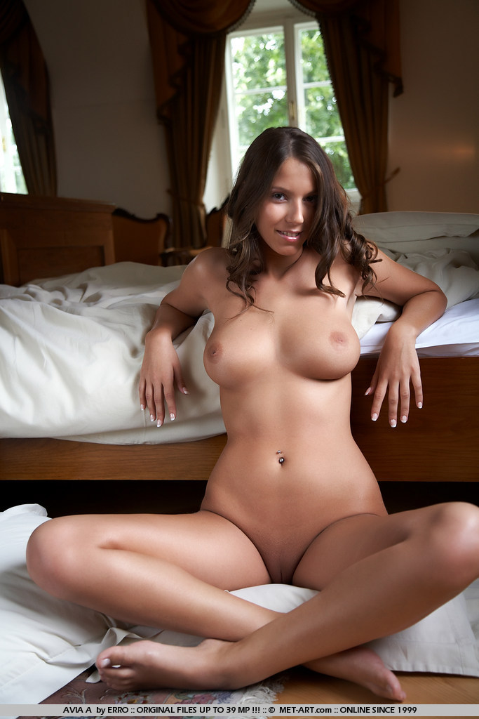 Lizzie naked on bed bedroom boobs Lizzie lizzy luci moricka Pretty Ladies