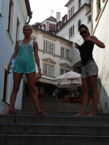 Leonelle & Laura – Prague city tour