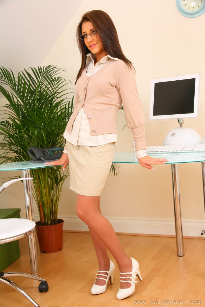 Jenny Laird – Secretary wearing glasses Dress Up fetish glasses Jenny Laird secretary stockings