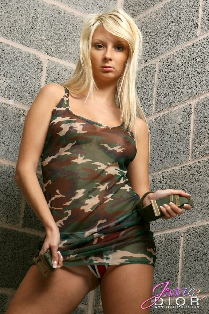 Jessica Dior – Military outfit blonde Jessica Dior Young girls