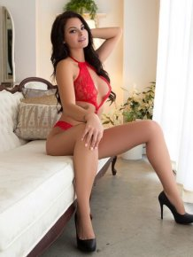 Shelly Lee – Fancy red lingerie
