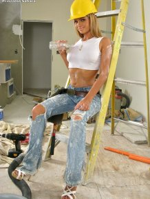 Prinzzess Sahara – Sexy construction worker