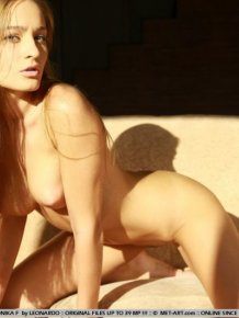 Veronika – Nude in the sunlight