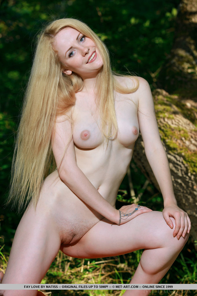 Fay Love – Bosom of nature blonde fay love Pretty Ladies woods