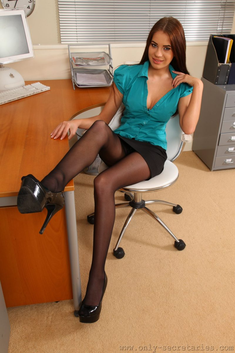 Laura in the office Dress Up fetish high heels laura badura laura z long hair pantyhose secretary