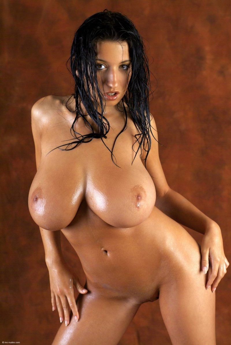 Jana Defi – Oiled breasts