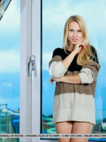 Belonika – Sweater & socks
