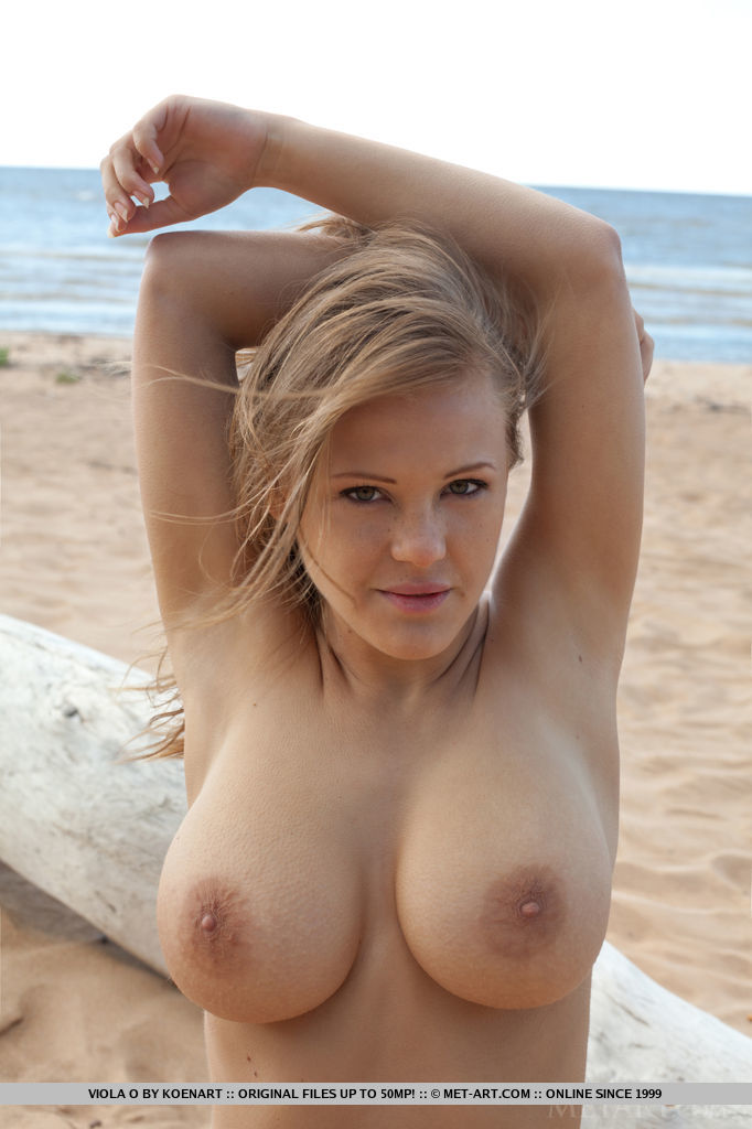 Viola Bailey on the beach beach Beach & Bikini big boobs boobs viola bailey