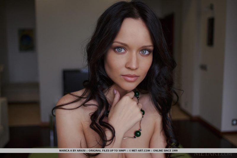 Marica on green carpet angelina petrova angie brunette marica Pretty Ladies