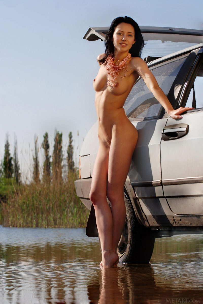 Eleonora – River car wash Automotive brunette carwash eleonora b river