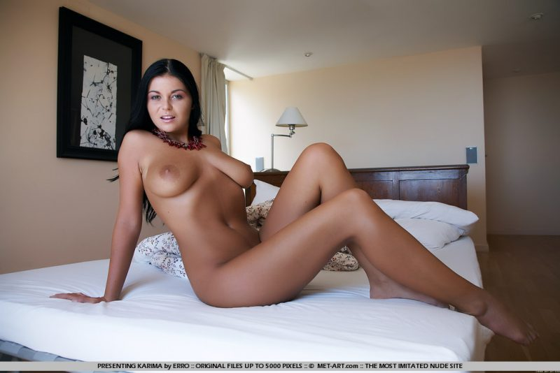 Christina Jolie nude on bed