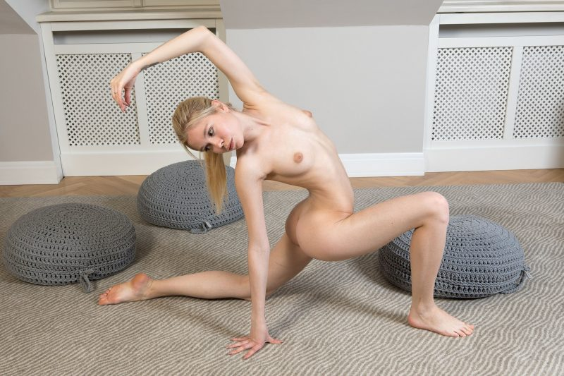 Margot Reese – Home yoga workout blonde margot reese yoga young Young girls