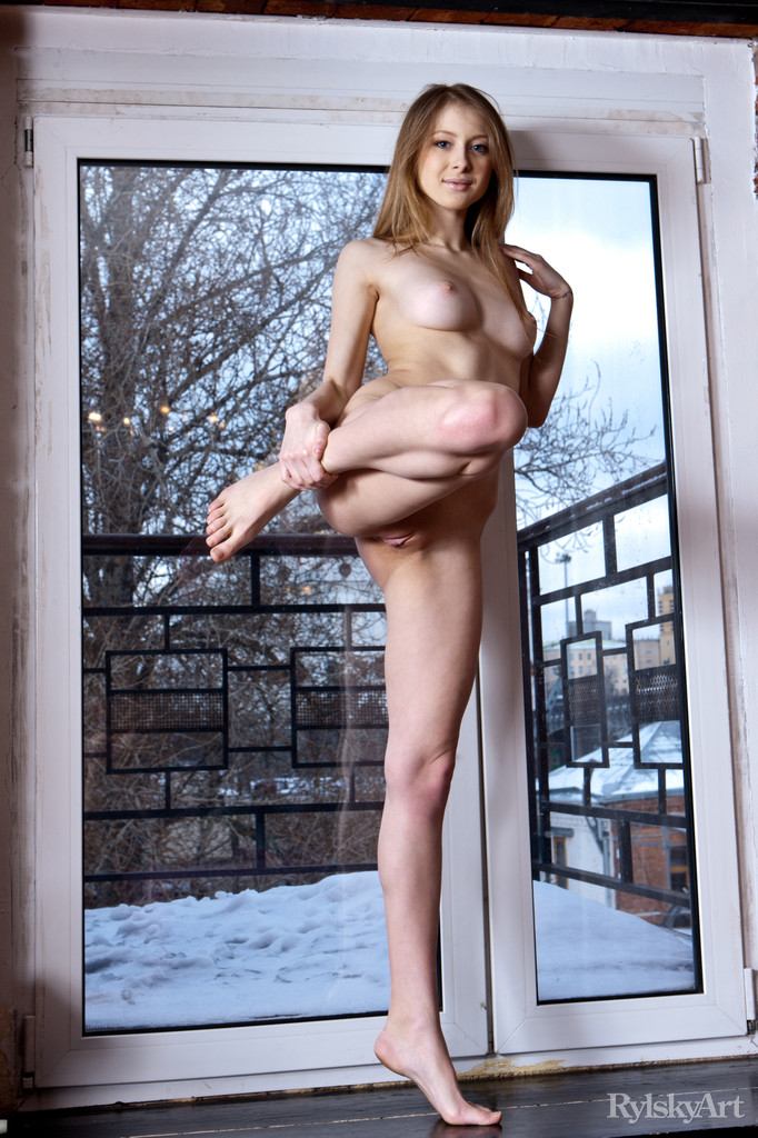 Daisy Gold – Winter outside blonde daisy gold window Young girls