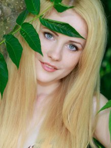Fay Love – Pale blonde in bikini
