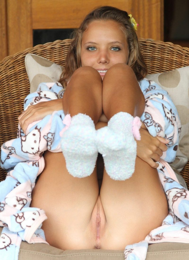 Girls in socks vol.3
