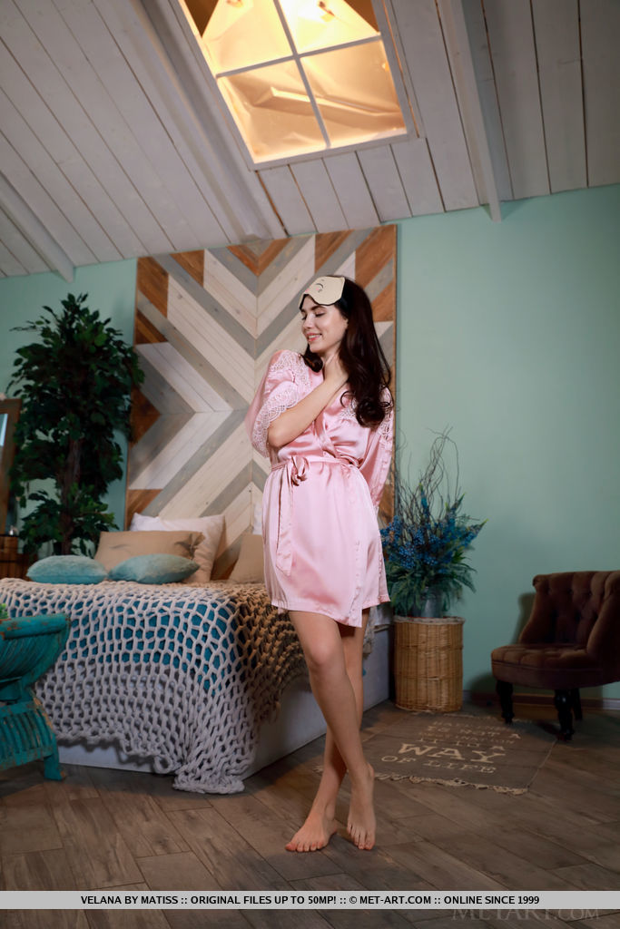 Velana – Pink dressing gown
