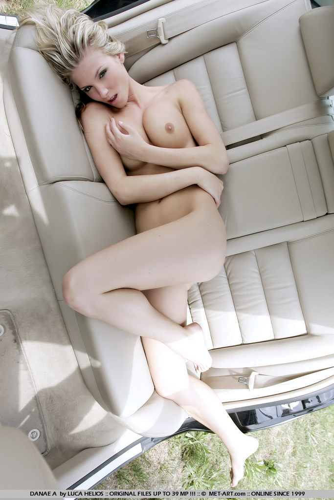 Denisa Brazdova naked on the backseat
