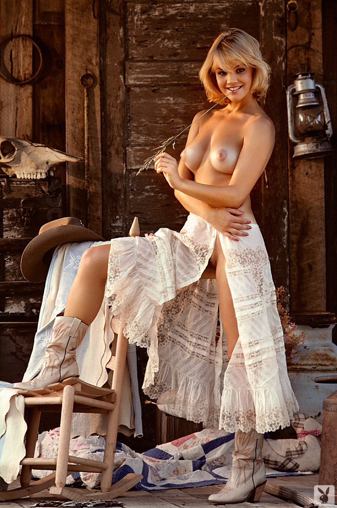 Julie McCullough – Playmate of February 1986