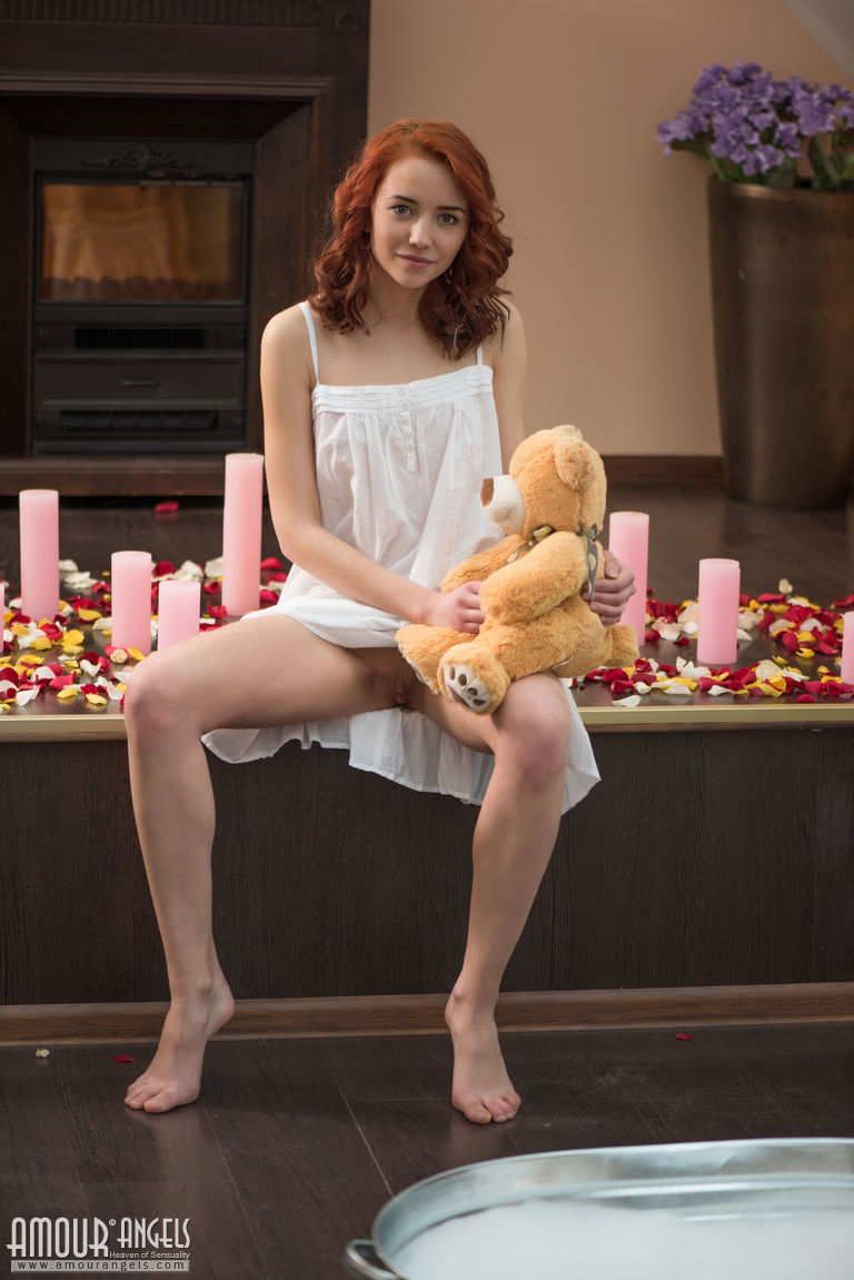 Erna – Bath for teddy bear