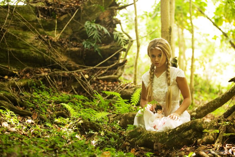 Jannah Burnham – Lost in the woods