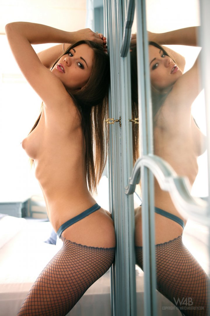 Little Caprice in bed