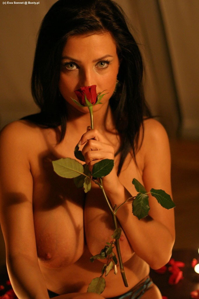 Ewa Sonnet and roses big tits brunette Ewa Sonnet