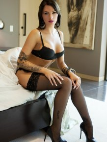 Juelz Ventura in black lingerie and stockings