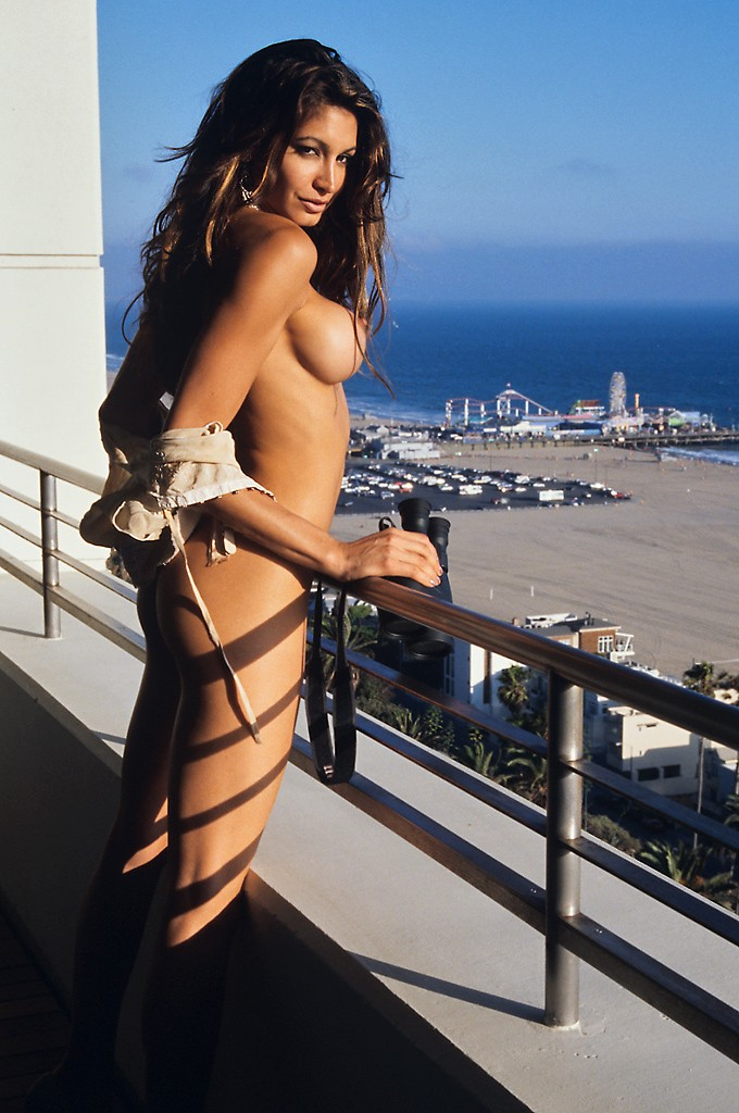 Angie Everhart on balcony Angie Everhart big tits brunette public
